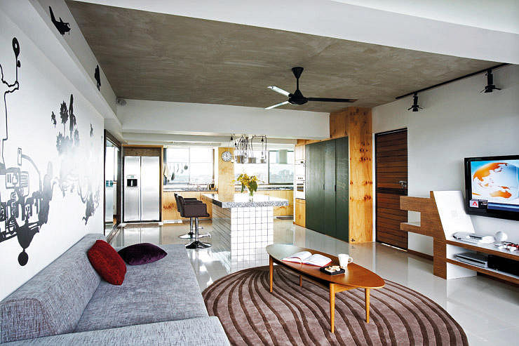 House Tours: Interesting use of platforms in apartments title=