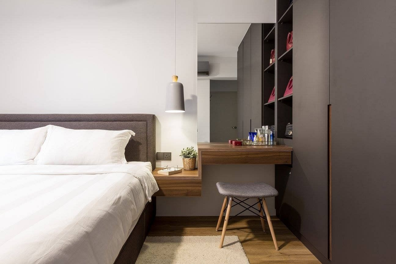 House Tour: Scandinavian-style four-room HDB apartment with white, black and wood accents title=