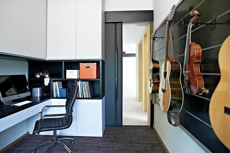 Inside the homes of music lovers home decor singapore - Interesting home decor ideas for music lovers ...