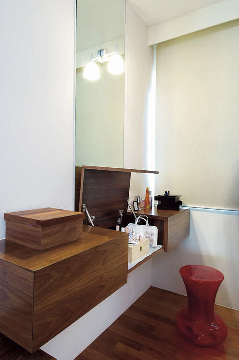 How to squeeze a dresser or vanity table into your bedroom | Home ...