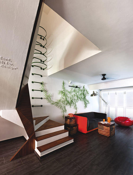 Staircase decor ideas for your hdb maisonette home for Sense of space architecture