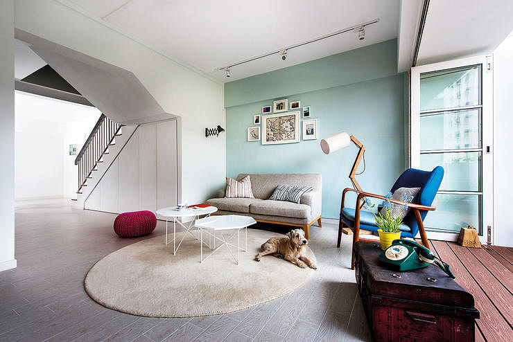 It S Not Short On Practicality Either With Storage Built In Along The Walls And Even Under Stairs Design By Artist Room