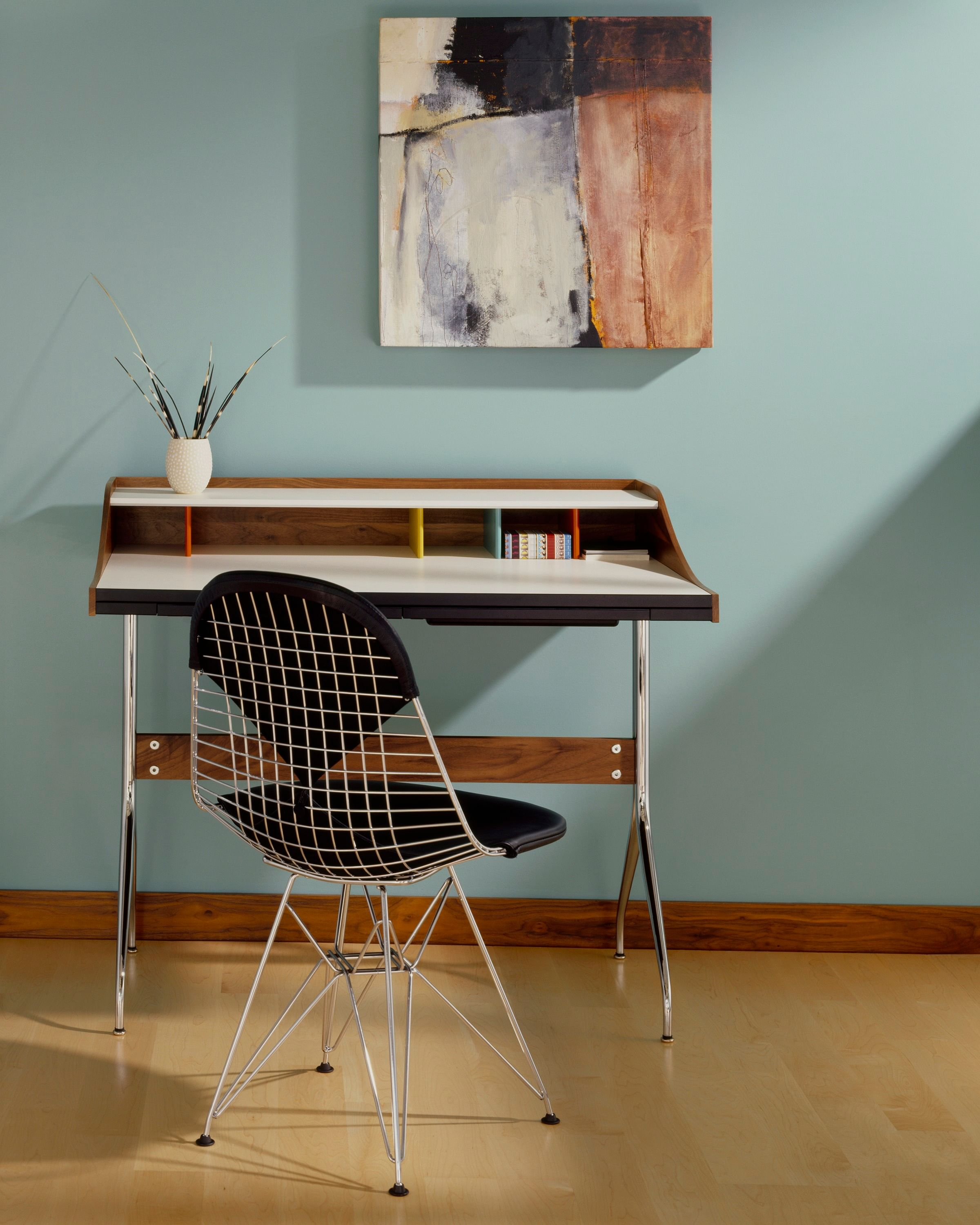 Hot Seat –Wire Chair | Home & Decor Singapore