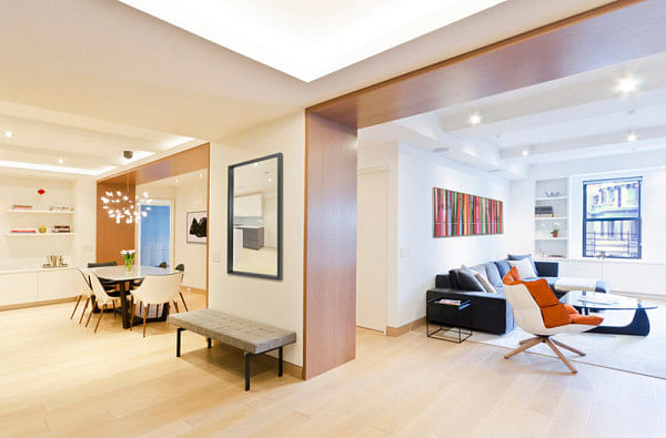 Be inspired by this minimalist spacious home in new york for Minimalist apartment nyc