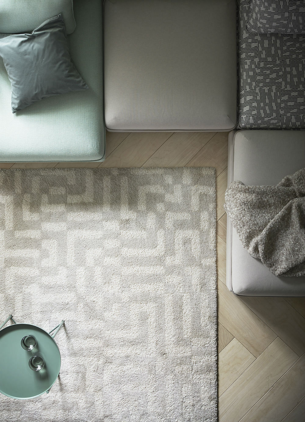 The Fakse Rug Has An Off White Geometric Pattern That Is Beautifully Subtle 249