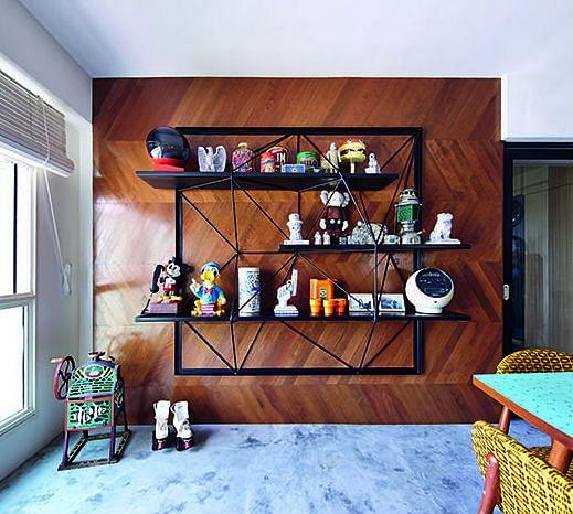 7 Unique Built-in Shelf Designs