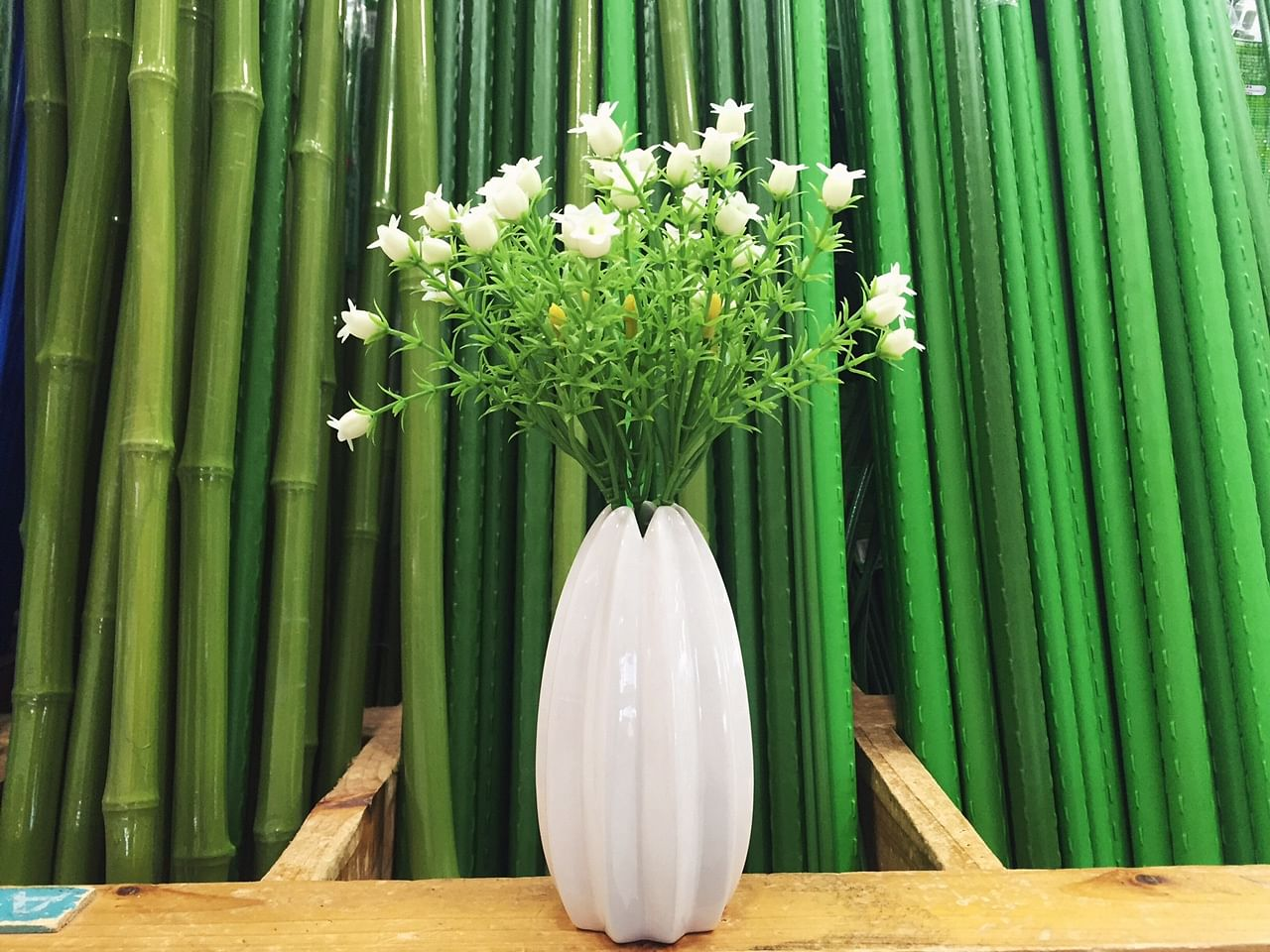 Must buys at daiso imm home decor singapore 7 vases of all sizes we particularly like this one which reminds us of an upside down juicy salif reviewsmspy