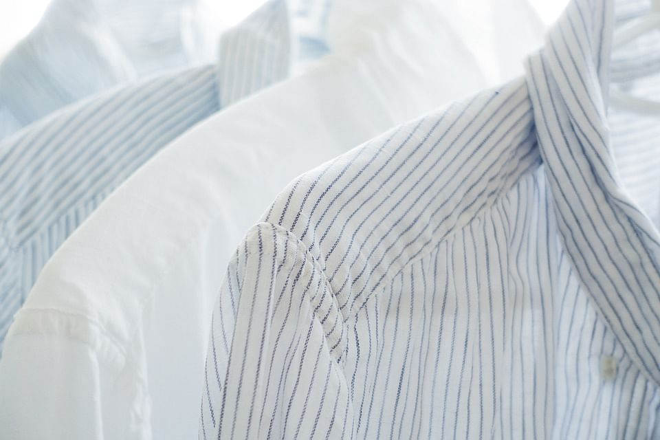Tip how to keep your white clothes as white as new for How to whiten dingy white t shirts