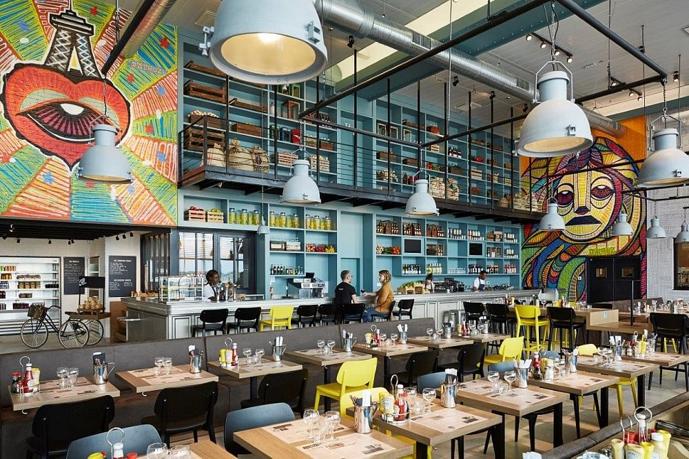 Modern Industrial Style In This Trendy And Colourful Paris