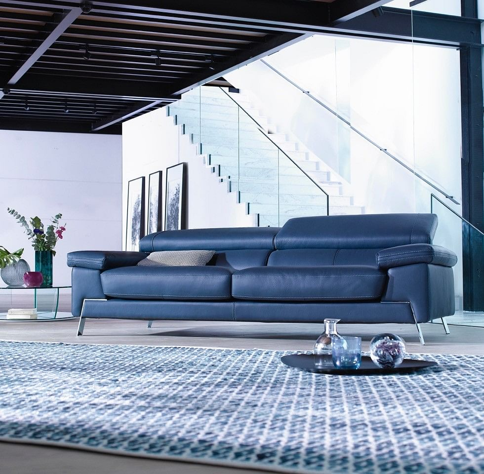 Perfect For Leather Sofas, Thereu0027s The Blunote Three Seater Sofa By Corium Italia.  Made In Italy, This Full Leather Sofa Has Retractable Head Rests That Allow  Users ...