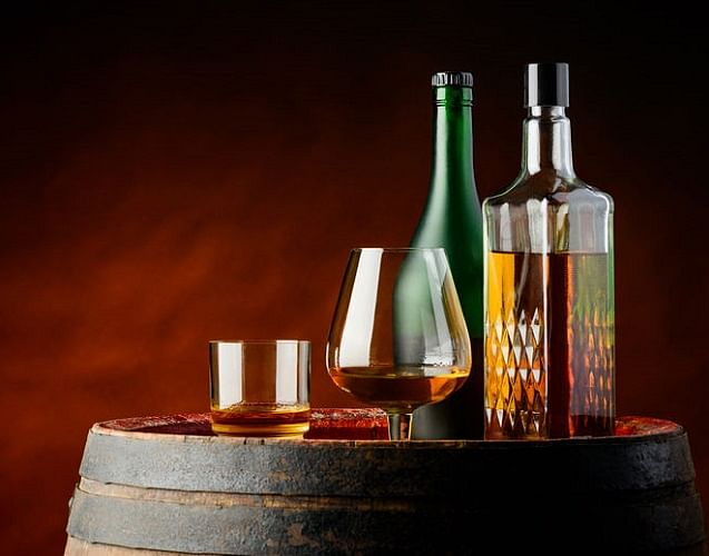 Subscription Boxes For Rare Whiskey Sake And Wine Home