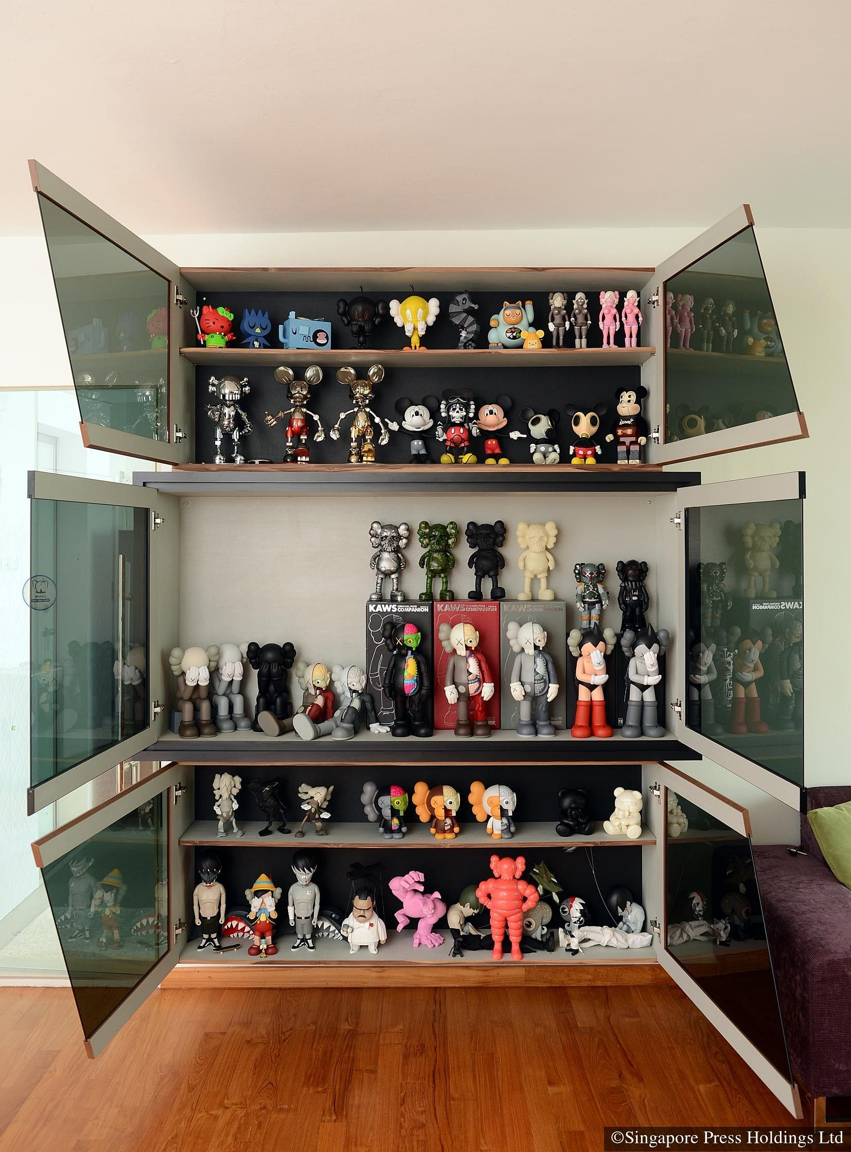 did you know tv host pornsak has a huge toy collection see his home rh homeanddecor com sg interior design toys for kids