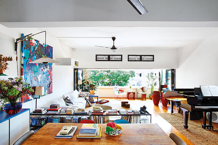 Eclectic And Artsy An Airy Colourful Pre War Apartment By Wy To See More Photos Here