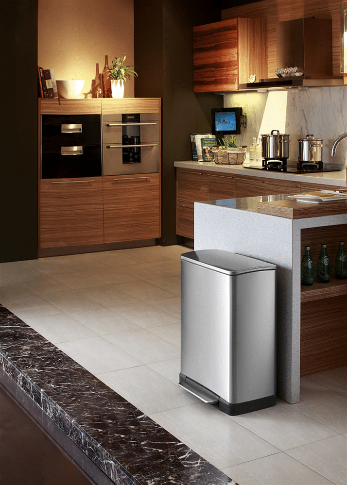 The Neo Cube Step Bin Comes In Four Sizes From 20 To 50 Litre Prices Start At 138 90
