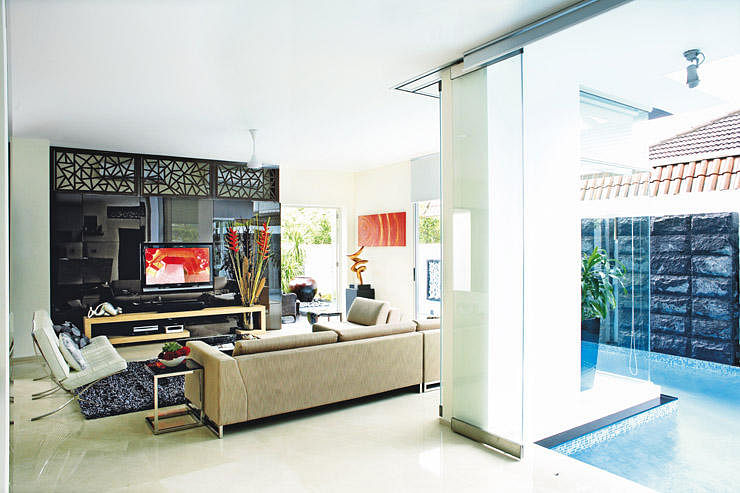 3 beautiful bungalow homes with stylish design features | Home ...