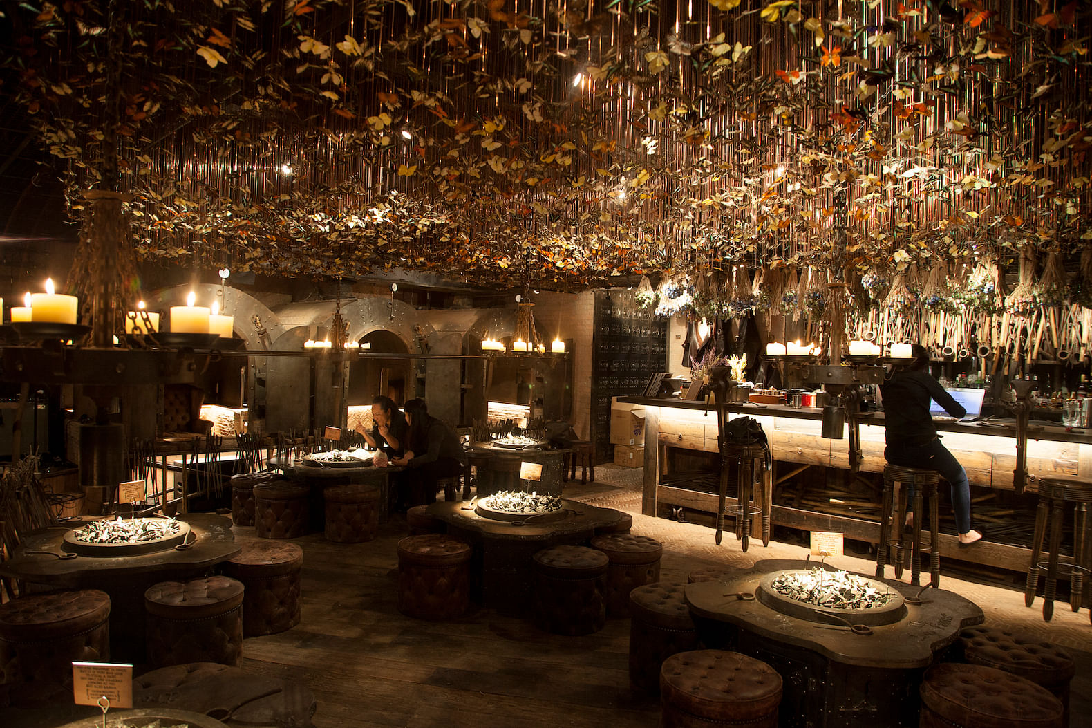 Restaurants and bars in Hong Kong with stylish interiors | Home ...