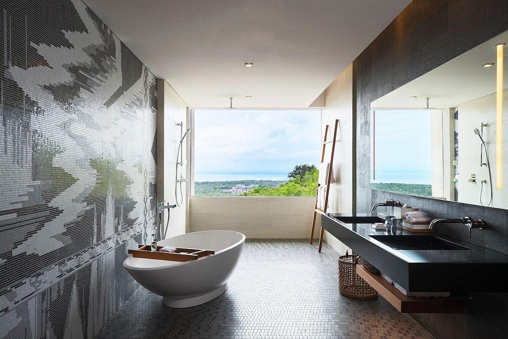 1bc88379a65 Enjoy luxurious baths at Renaissance Bali Uluwatu Resort   Spa ...