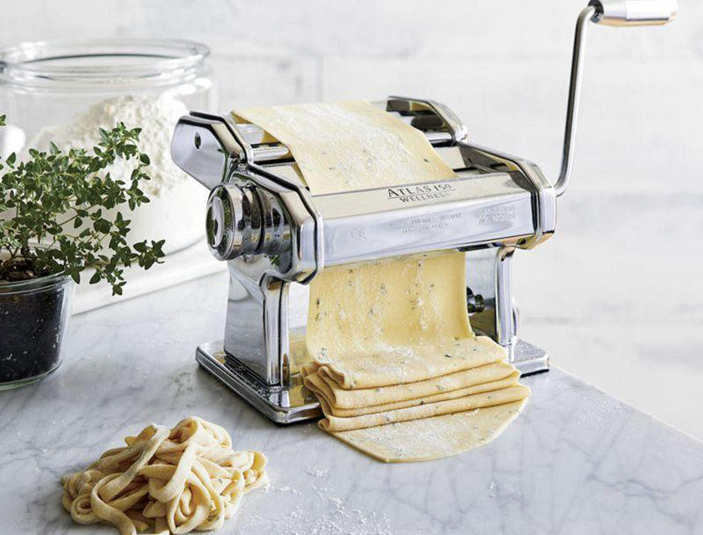 02 mothers day gift guide pasta maker