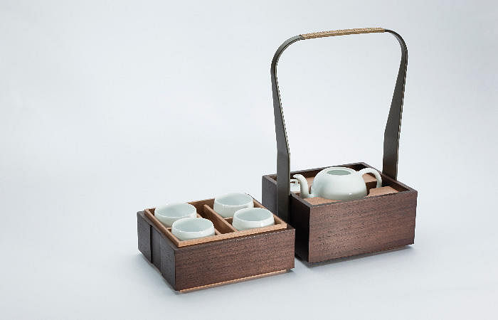 Shang xia tea set