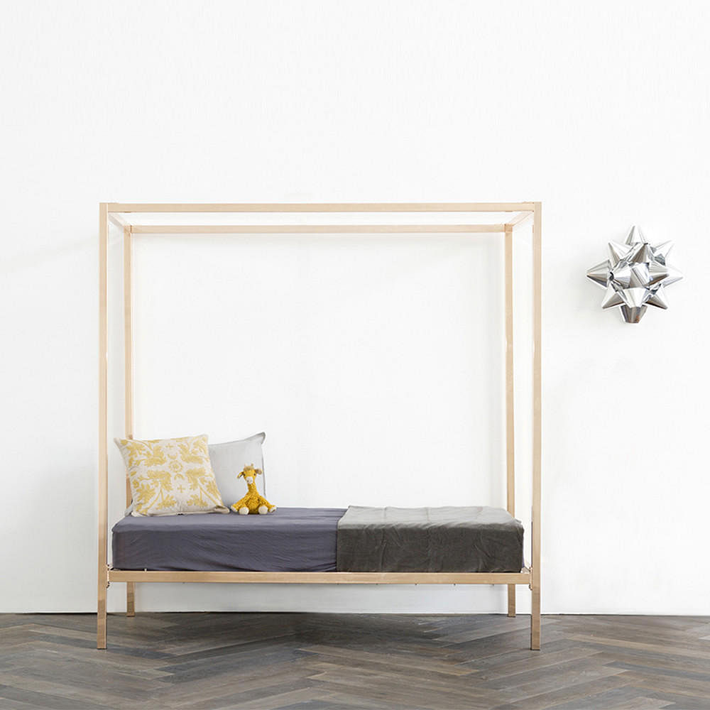 7 Beautiful Four Poster Beds That Ll Add Drama To Your