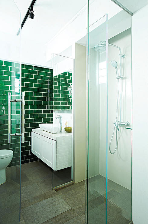 Subway Tiles 8 Bathrooms That Pulled Off The Look Home Decor Singapore