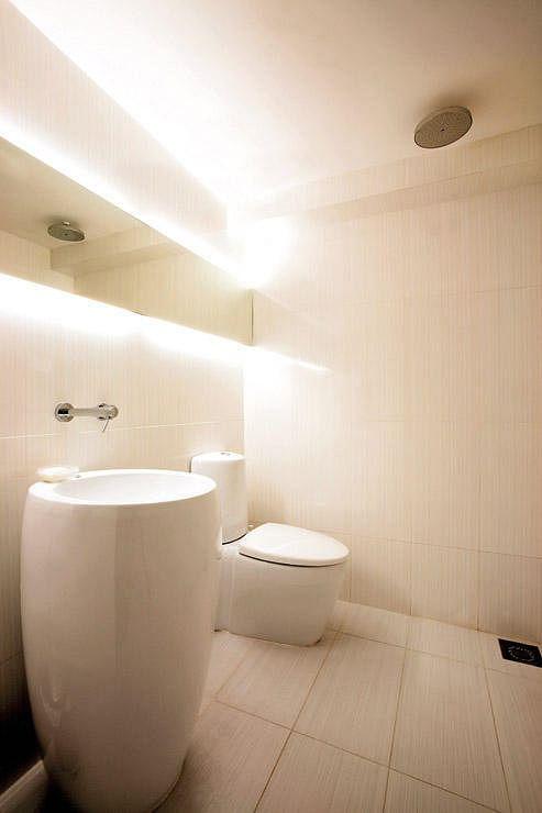Bathroom Design Ideas: 8 Minimalist Spaces In HDB Flat Homes 3