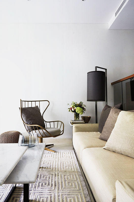Peachy Living Room Design Ideas 7 Mismatched Sofas And Armchairs Onthecornerstone Fun Painted Chair Ideas Images Onthecornerstoneorg