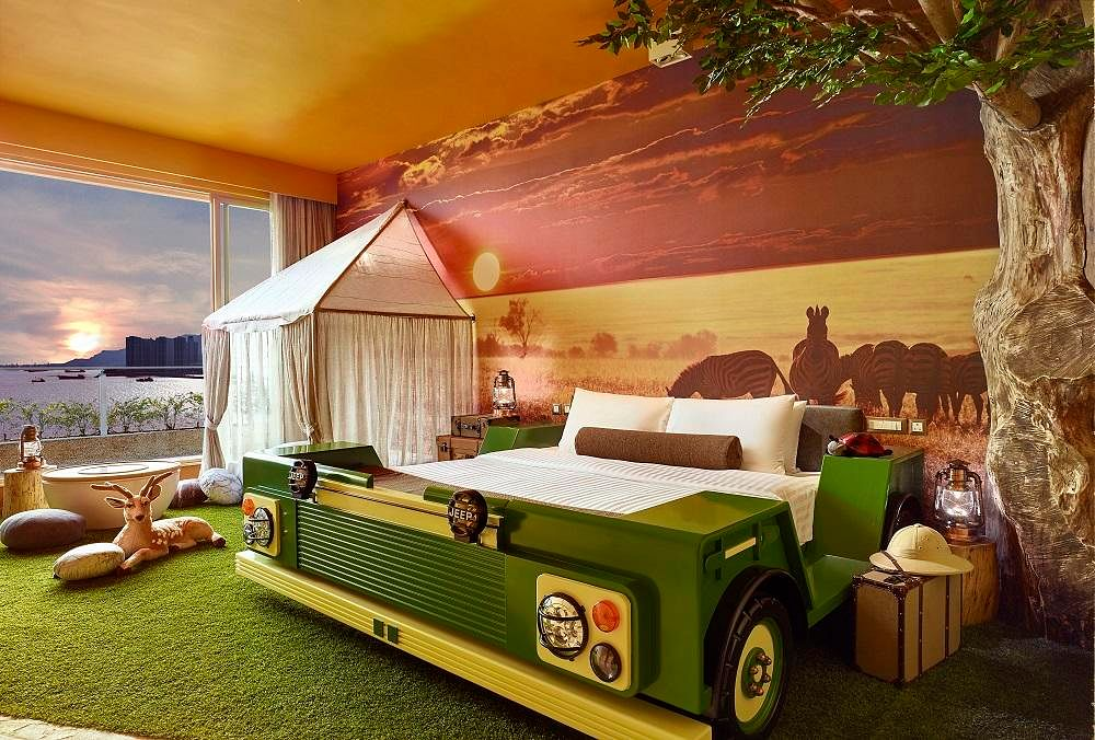 From Safari To Outer Space This Themed Hotel Has It All