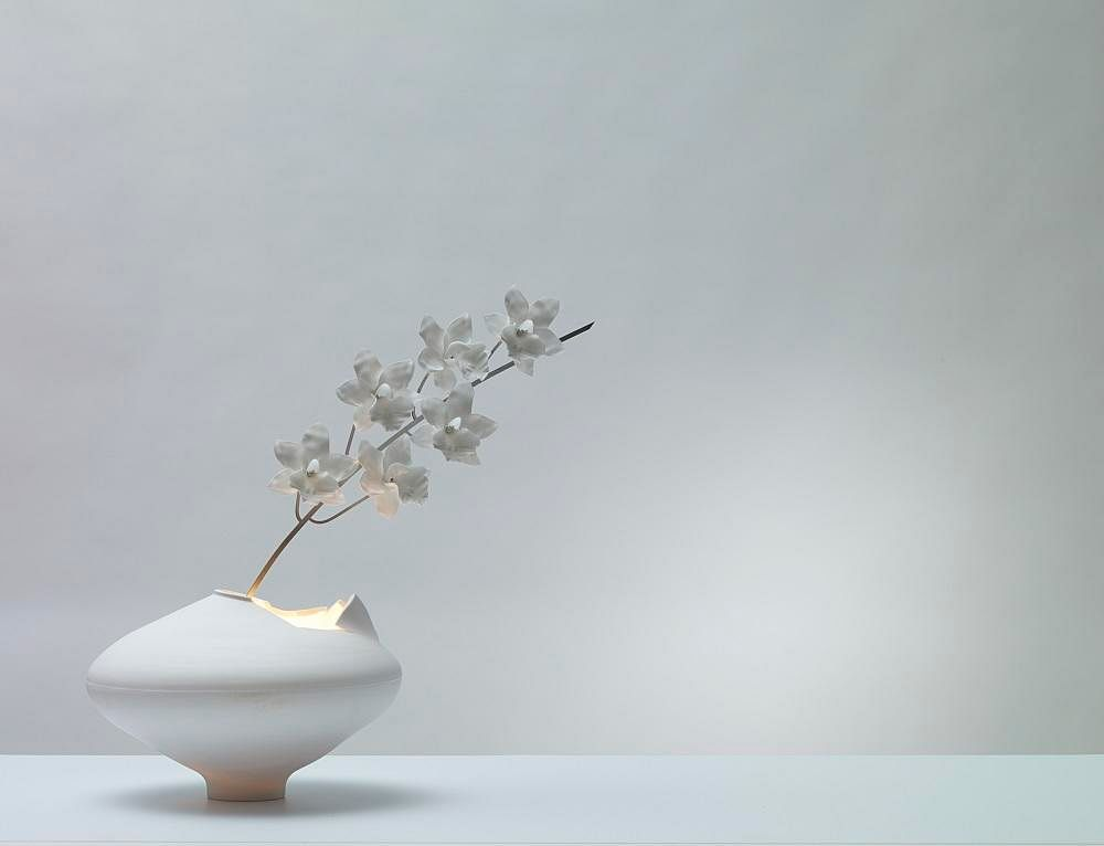 Shopping: Beautiful flora-inspired ceramic lamps by Jeremy Cole 1