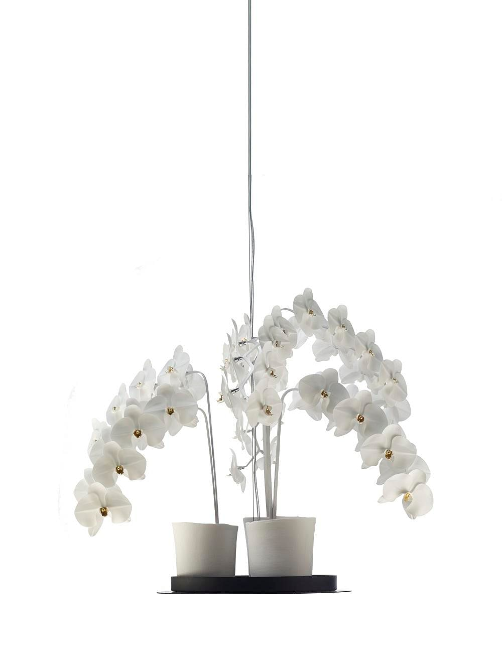 Shopping: Beautiful flora-inspired ceramic lamps by Jeremy Cole 8