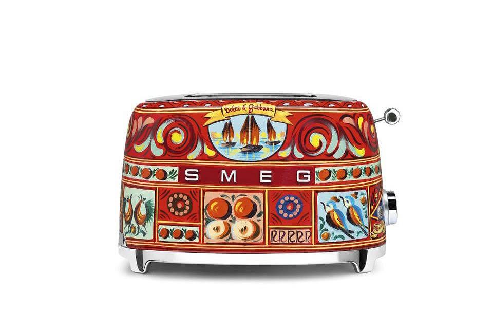 To die for smeg x dolce gabbana kitchen appliances for Smeg dolce e gabbana