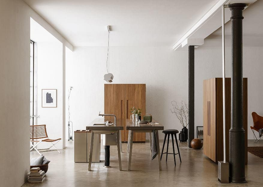 Renovation: stylish and functional kitchen storage systems and