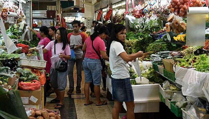 Shop at these wet markets for cheap groceries! 1