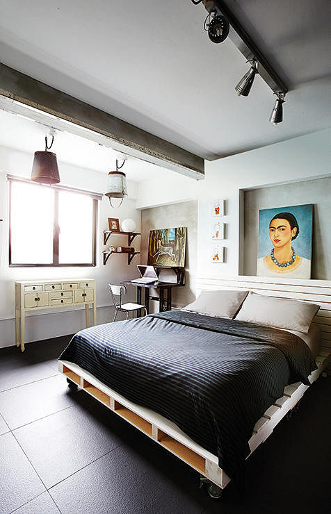 Hdb Bedroom: House Tour: A $70,000 Renovation Gives This Three-room HDB