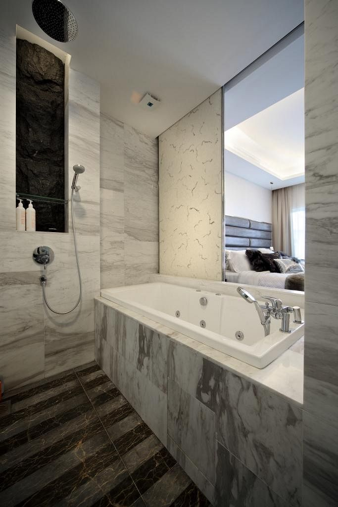 8 Luxurious Bathrooms With Marble Finishes Home Amp Decor