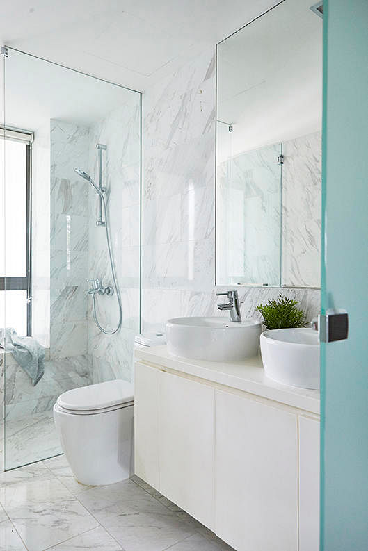 8 minimalist bathrooms that will stand the test of time ...