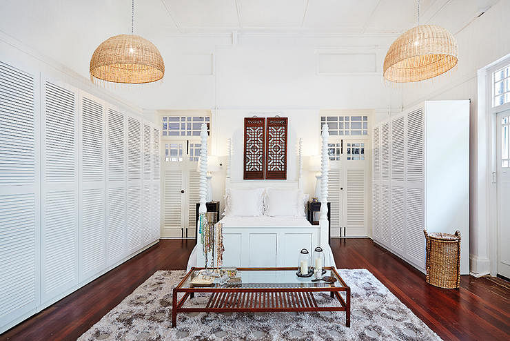 House Tours Black And White Bungalow Inspired Homes