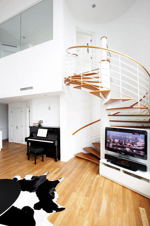 Frame interior stairs