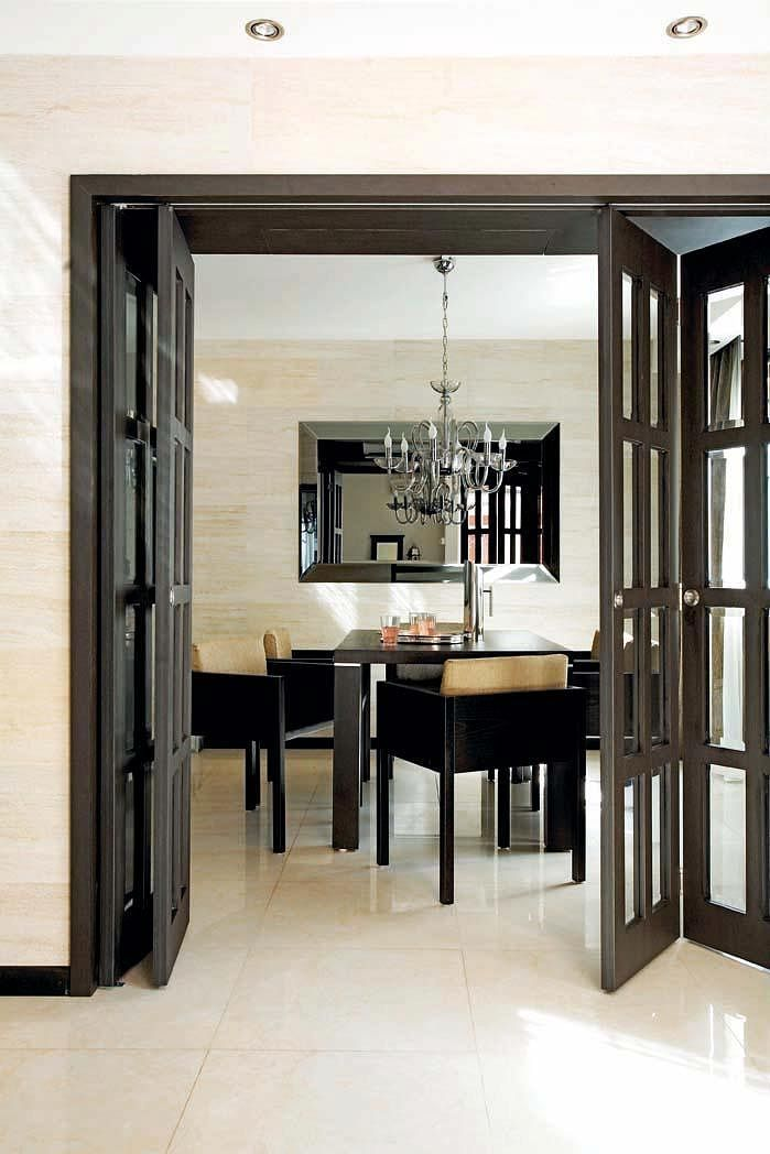 Maisonette to hotel folding doors