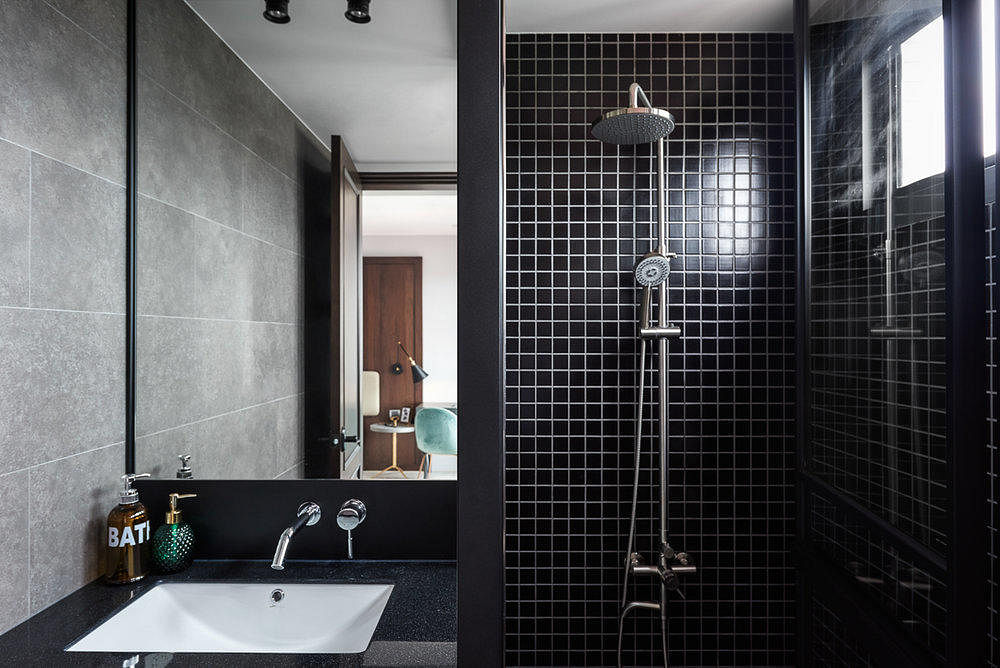 mostly black bathrooms hao design