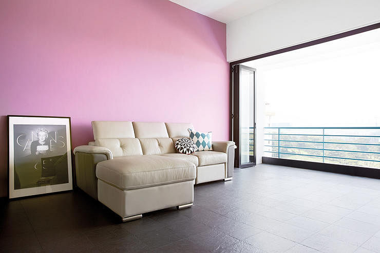 House Tours: Homes that think pink with their decor | Home & Decor ...