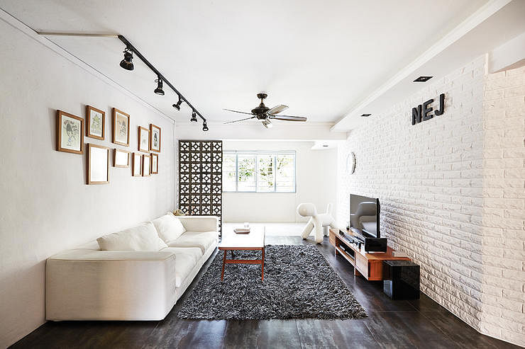 6 apartment homes with track lights in the living room ...
