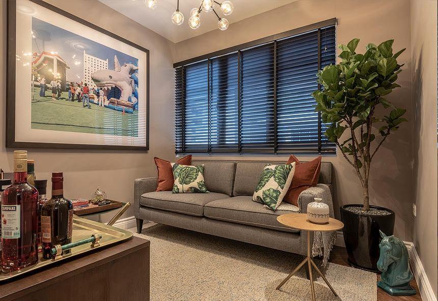 House Tours: 6 shoebox apartments with stylish interior ...
