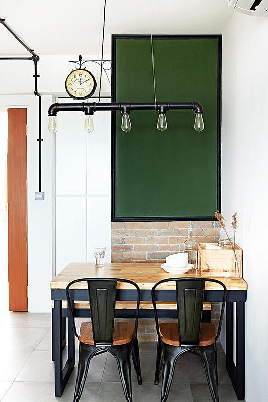 10 Design Ideas For Small-space Dining Areas In HDB Flat