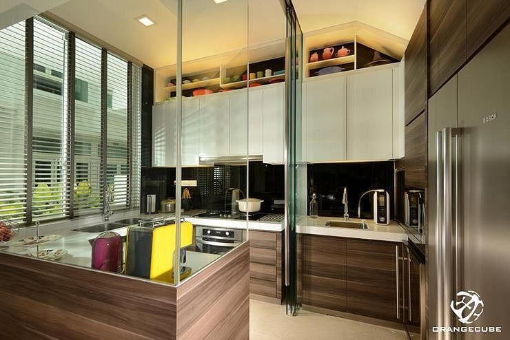 7 homes that made full use of glass partitions home decor singapore - Partition kitchen dining ...