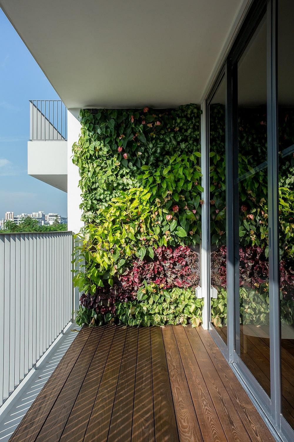 Eco Friendly Renovation Materials Green Walls Home