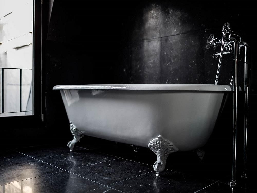 Stunning Bathrooms Le pigalle room