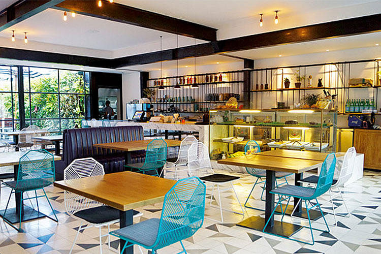 6 Bali Cafes With Instagram Worthy Interiors 1