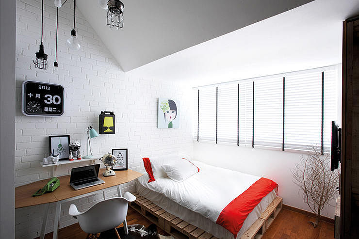 7 stylish hdb flat bedrooms home decor singapore for Bedroom ideas hdb