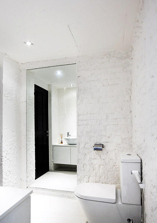 10 Ways To Make Small Bathrooms Stand Out Home Decor Singapore